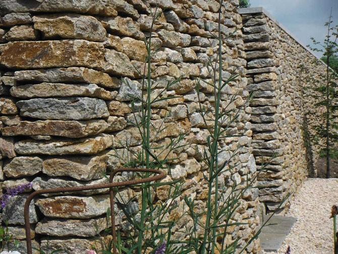قیمت سنگ های ساختمانی